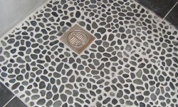 6e - Westby Street Wetroom Pebbles After