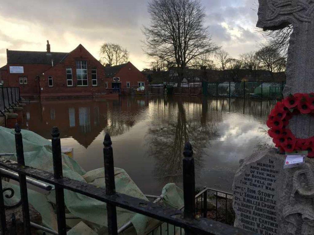 cumbria flood bride battles - 1024×766